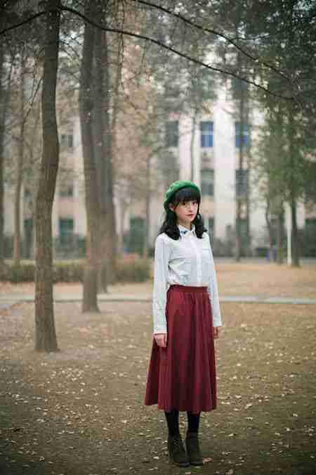 清纯妹子红唇诱惑暖冬写真