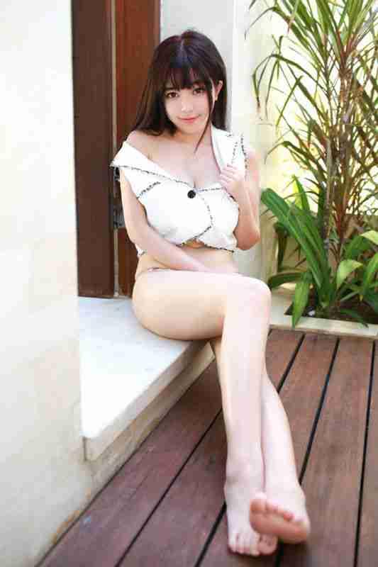 性感美女刘飞儿情趣黑丝美图