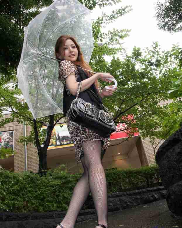 豹纹短裙黑色网袜美女私房写真