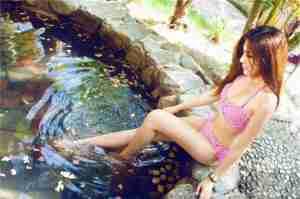 爱蜜社嫩模Nono酱泳池清凉比基尼写真