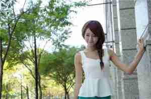 清纯美女校花小雪Winnie白衣迷人写真