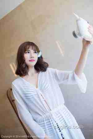 爱蜜社内地模特陈天扬Sandy旅拍写真图片