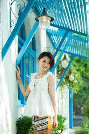 女星馨子青春时尚气质写真