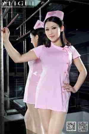 可爱粉红护士文静高跟鞋图片