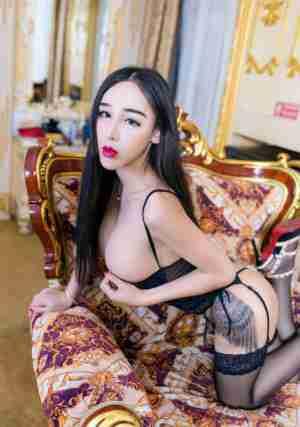 秀人网性感小野猫ibyl是女巫人体艺术模特图片