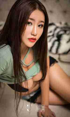 大胆美女香港小紫藤kristalivy147人体艺术照