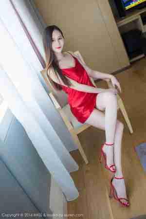 大胸美女SISY思长腿红色情趣睡衣妖艳诱惑