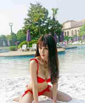 嗲囡囡Cheryl青树穿情趣内衣人体最大胆摄影写真