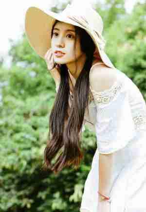 清纯甜美刘海古装养眼美女粉嫩迷人