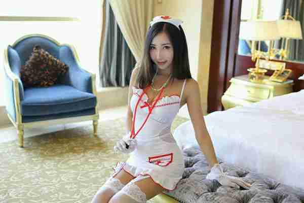 尤蜜荟尤美私房情趣内衣加透视薄纱秀完美身材