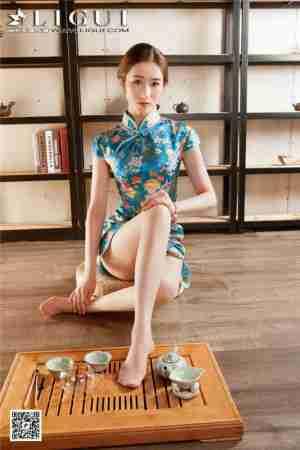 古典气质旗袍美女婷婷丝袜美腿甜美写真