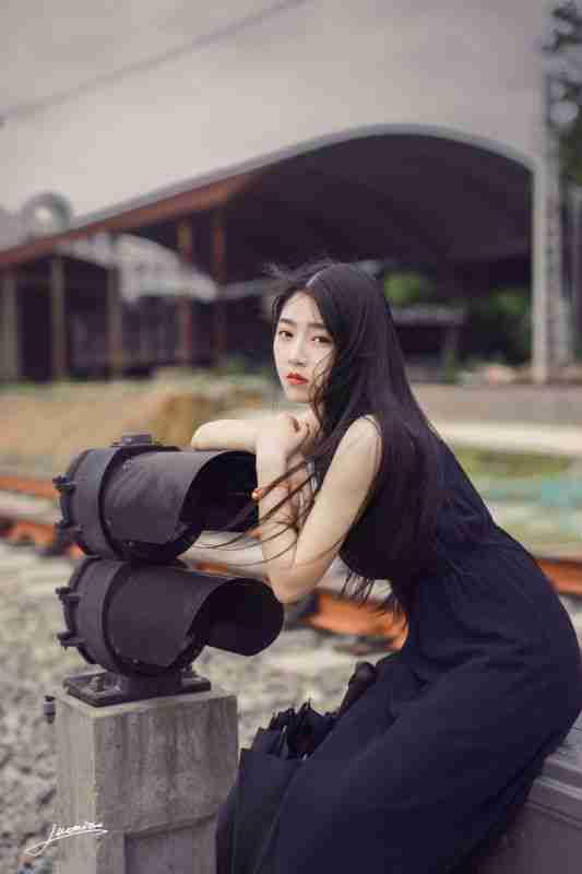 薄纱长裙美女唯美写真