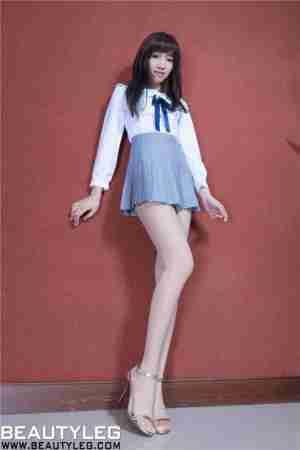 [BeautyLeg]台湾性感腿模学生装超短裙白丝袜诱惑写真