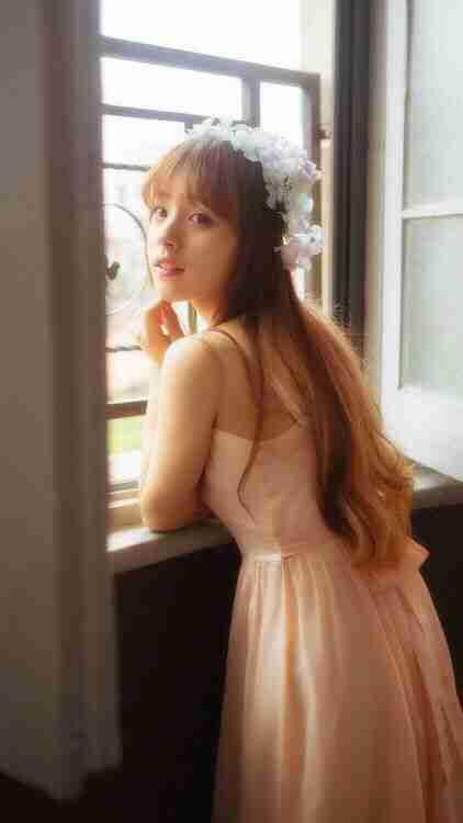 公主装扮清纯小美女