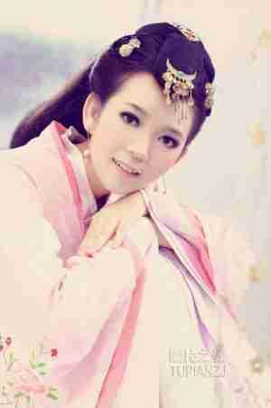萌妹子古装写真 粉嫩甜美
