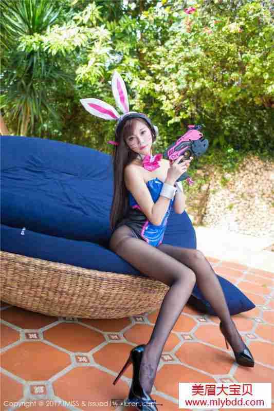 黑-丝爆乳兔女郎修长美腿高跟写真