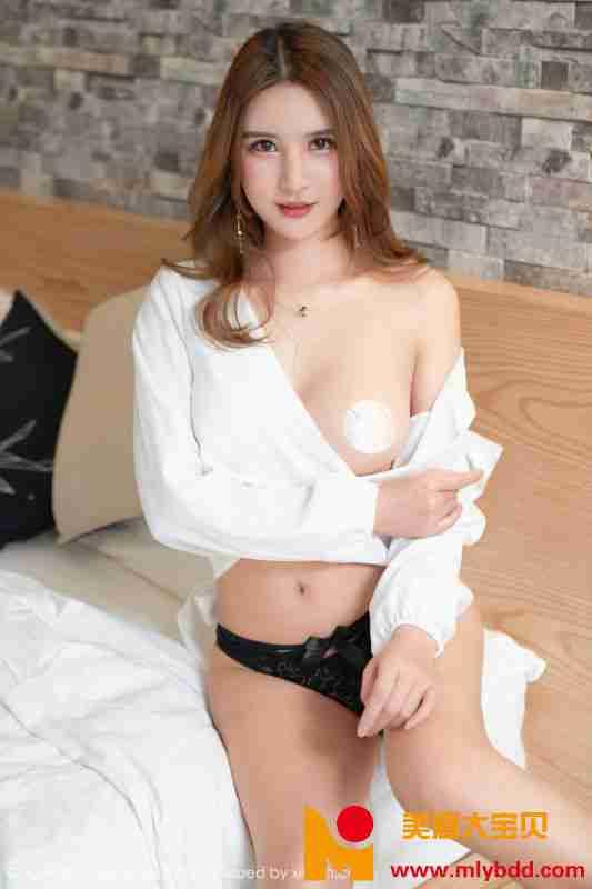 女神@SOLO-尹菲白衬衫私房写真