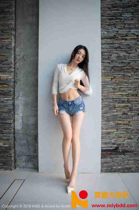模特@小热巴吉普岛旅拍写真
