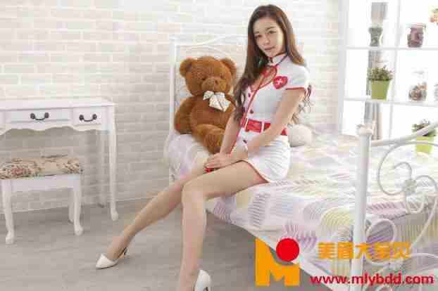 韩羽  护士服 写真套图