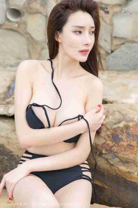 土肥圆矮挫穷 - 沙滩比基尼+韵味长裙 写真图片