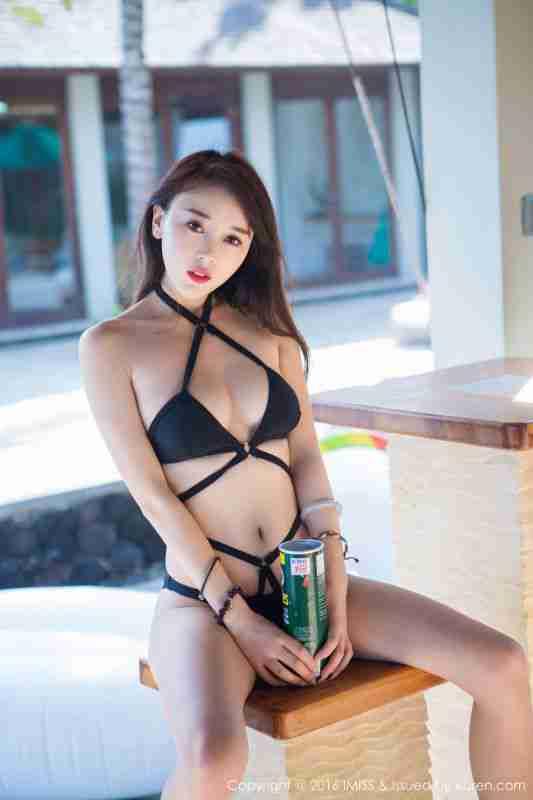 赵小米Kitty - 湿身诱惑与性感内衣
