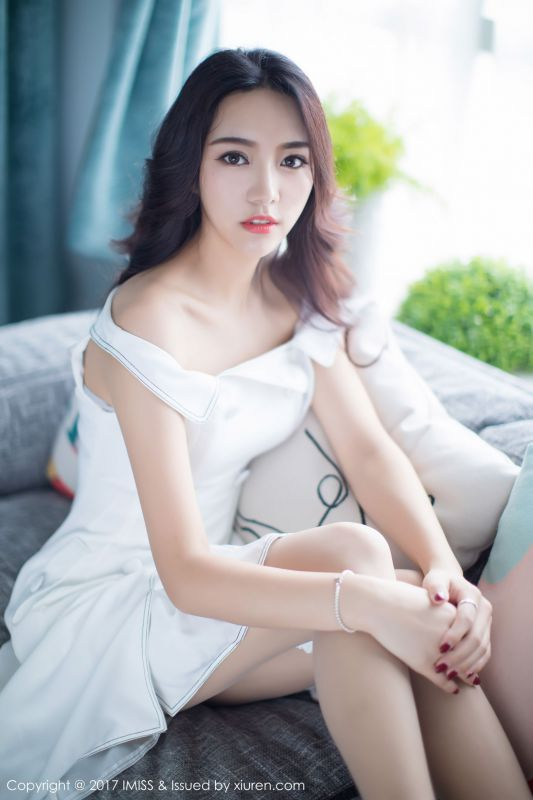 嫣儿 - 很像韩国妹子