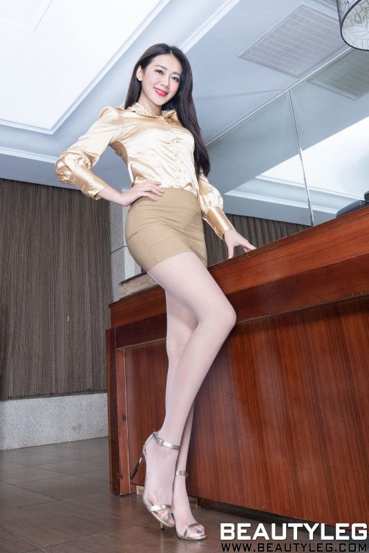 腿模Jennifer - 包臀裙制服丝袜美腿