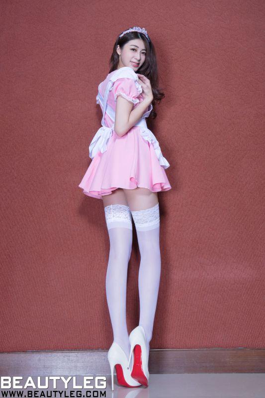 腿模Flora 白丝女仆+黑丝制服 美腿写真