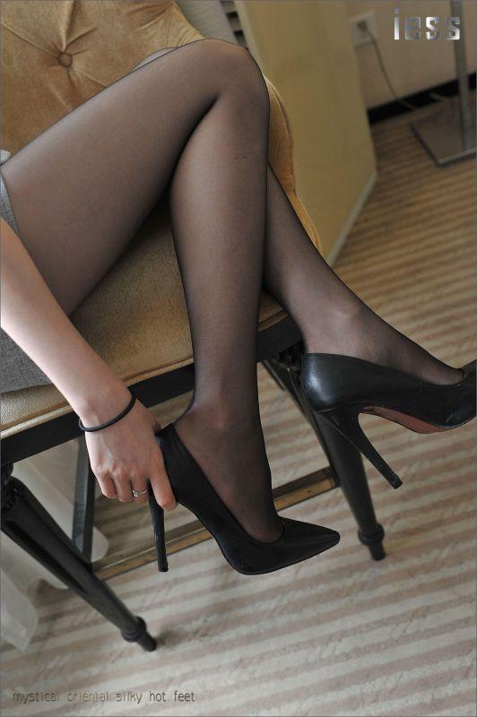 佳佳《我的腿神我的爱》