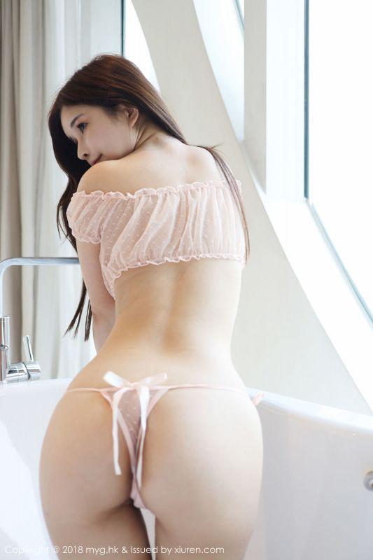新人模特@张雨萌首套写真