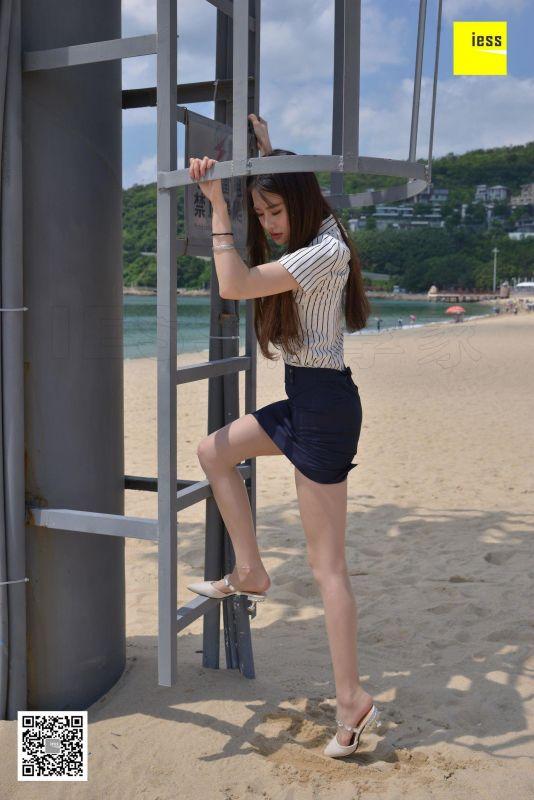 佳佳 - 沙滩制服  美腿丝足写真