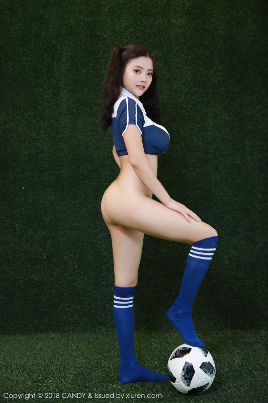 林美惠子2018世界杯足球宝贝写真