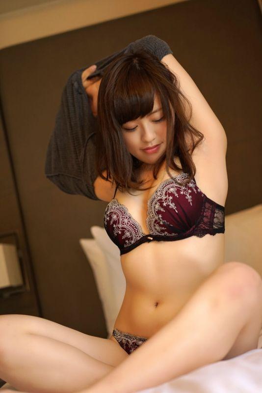20岁服装店美女作品_素人系列