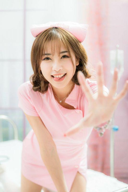 [台湾女神] 卡卡儿 - 護士&聖誕風 写真图片