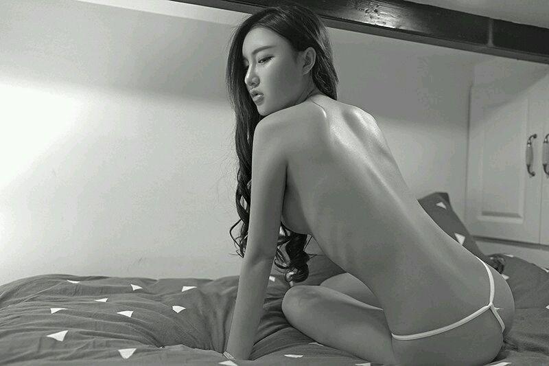 女白领妩媚诱惑写真[47P]