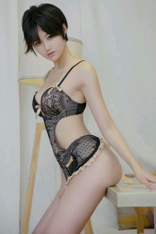 翘屁股短发女孩蕾丝内衣[27P]