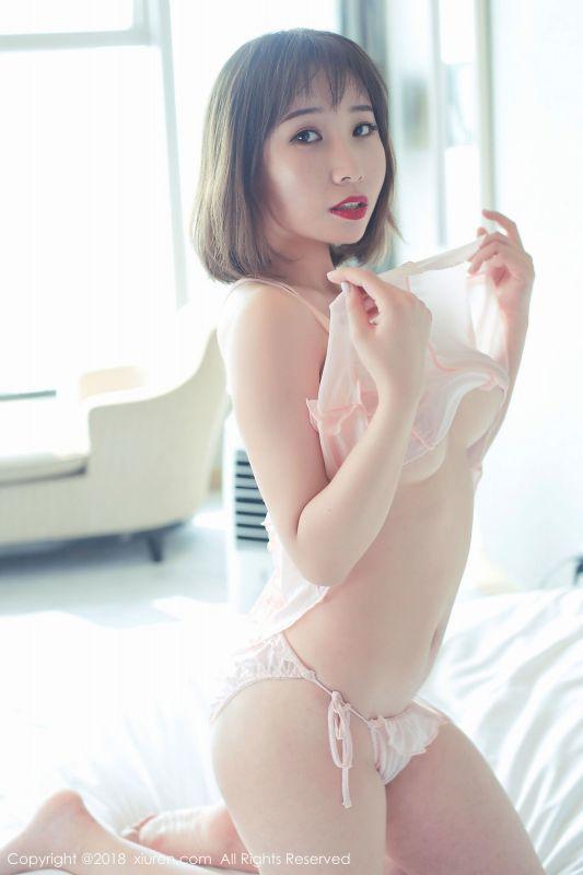 短发百变大美女@枝恩最新写真
