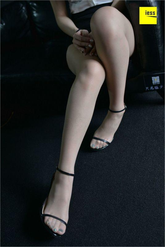 阿馨 《情人的孔雀绿》美腿丝足写真套图