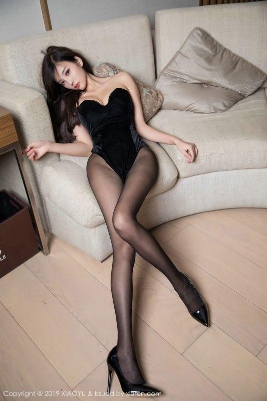 女神杨晨晨sugar黑丝美腿写真