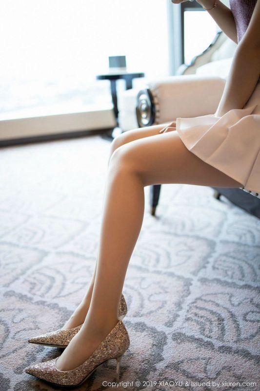 女神@Angela喜欢猫性感丝袜内衣写真
