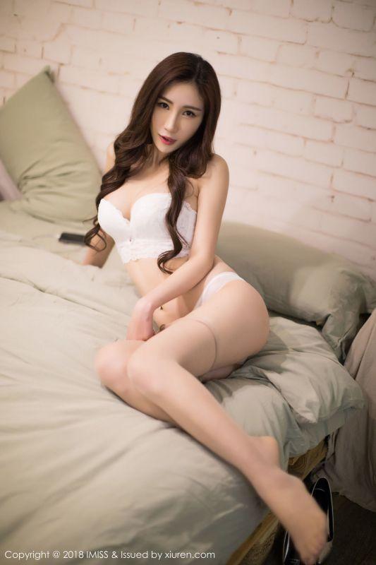 美女主播@孙梦瑶-丝袜美腿写真