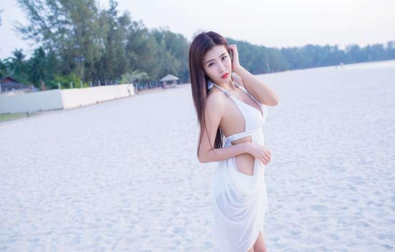 沙滩比基尼美女程小烦完美身材顶级人体艺术写真[22P]