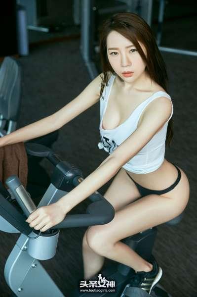 梦心玥 - 健身房性感选片