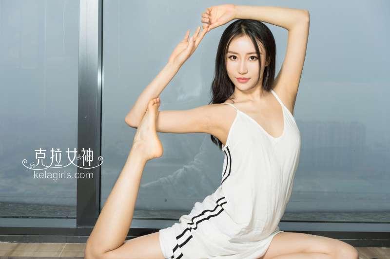 梦珊 - 《真空瑜伽》写真图片