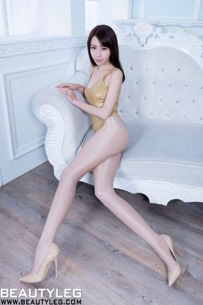 Nancy - 黑丝+高叉泳装~