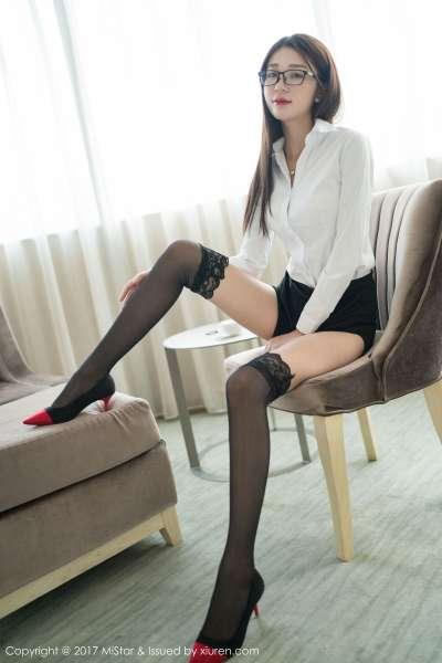 长腿美女白沫 - 职场OL小秘