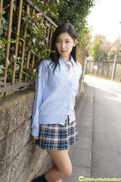 小岛美优~翘臀日本美女