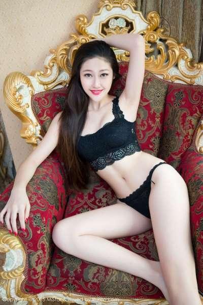 巨乳 翘臀美女夏妍~写真套图