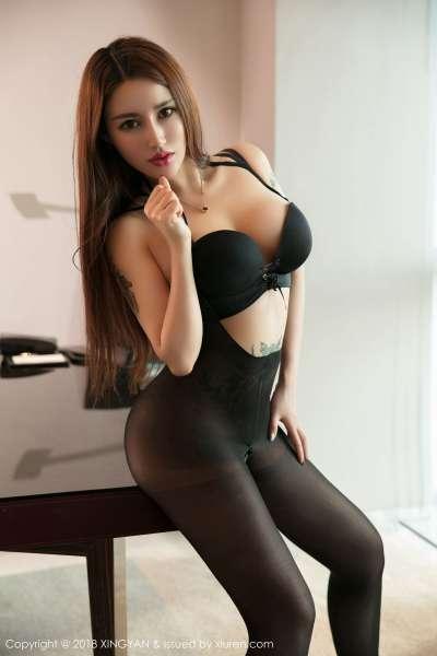 巨乳模特liyiyi 首套写真套图~