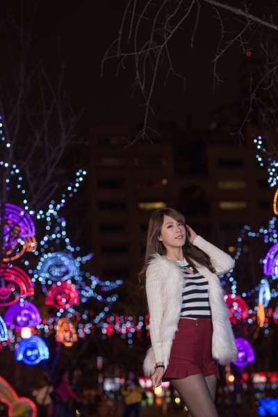 台湾腿模MISO夏晴-圣诞外拍写真~